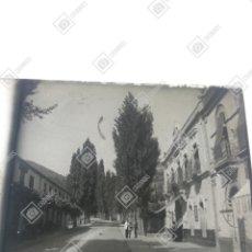 Fotografía antigua: PLACA ESTEREOSCÓPICA EN POSITIVO BAÑOS DE MONTEMAYOR 1920. Lote 210603157