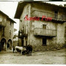 Fotografía antigua: SANTA PAU - LA GARROTXA - 1920'S - POSITIU DE VIDRE. Lote 218426667