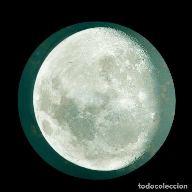 Fotografía antigua: ASTRONOMIA - ASTRONOMY - LINTERNA MAGICA - CAJA CON 50 CRISTALES - SLIDES - 1900 - 1920 - Foto 20 - 218798628