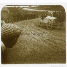 Fotografía antigua: CARRERAS DE COCHES, CATALUÑA, 1915''S. 2 CRISTALES ESTEREOSCÓPICOS POSITIVOS 10X4 CM.. Lote 223858361