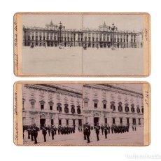Fotografía antigua: MADRID.- ESTEREOSCÓPICA A DOS CARAS. PALACIO REAL. ALABARDEROS.. Lote 235477745