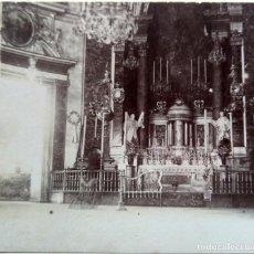 Fotografía antigua: VALENCIA CAPILLA DE NUESTRA SEÑORA DE LOS DESAMPARADOS 1902. Lote 257310030
