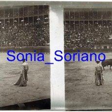 Fotografía antigua: VALENCIA. PLAZA DE TOROS AÑOS 20 - FOTOGRAFIA ESTEREOSCOPICA POSITIVO EN CRISTAL. Lote 261565045