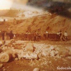 Fotografía antigua: MALAGA DERRIBO DE LA ALCAZABA CRISTAL ESTEREOSCOPICO AÑOS 1920 -MIRA OTROS EN VENTA. Lote 261880975