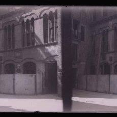 Photographie ancienne: PALACIO GÓTICO. LLEIDA? C. 1925. Lote 277564138