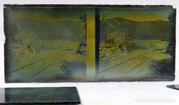 Fotografía antigua: 3 Vista estereoscópica cristal paisaje construcción vías tren ferrocarril señores vagón PP S XX - Foto 4 - 278221878