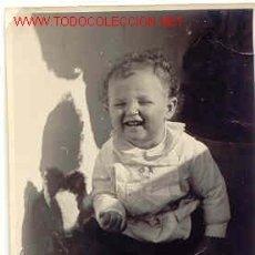 Fotografía antigua: PRECIOSO BEBE MIDE 10CM X 7 CM. Lote 669177
