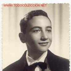 Fotografía antigua: JOVEN MUY SIMPÁTICO MIDE 10CM X 7 . Lote 669307