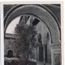 Fotografía antigua: GRANADA, ALHAMBRA, PATIO DE LOS ARRAYANES. Lote 6478894