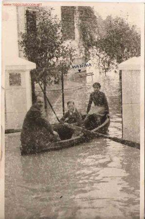 FOTO GRUPO FAMILIAR, SEVILLA 1948 (Fotografía Antigua - Fotomecánica)
