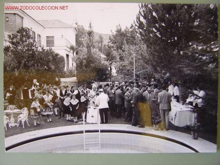 Fotografía antigua: 6 FOTOGRAFIAS DE MANUEL FRAGA IRIBARNE - AÑOS 60 - Foto 2 - 26854204