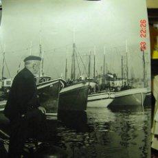 Fotografía antigua: 8229 PRECIOSA FOTOGRAFIA DEL PUERTO DE SANTANDER 40 X 30 CM - AÑOS 1960 COSAS&CURIOSAS. Lote 27296422