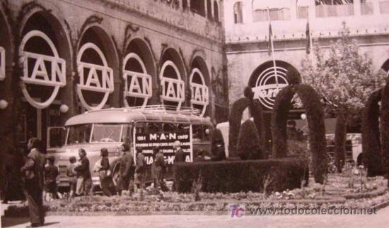 ANTIGUA FOTO, VALENCIA, EXPOSICION REGIONAL 1948, AUTOBUS, MAN (Fotografía Antigua - Fotomecánica)