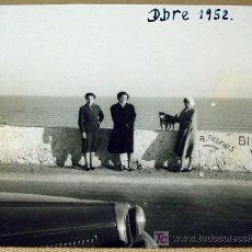 Fotografía antigua: FOTOGRAFIA, FOTO, PLAYA DE BENICASSIM, 1950S, CASTELLON, 6 X 7,5 CM. Lote 16808612