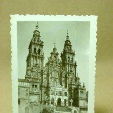 Fotografía antigua: FOTOGRAFIA, FOTO, SANTIAGO DE COMPOSTELA, CATEDRAL, GALICIA, ANIMADA, 1940S. Lote 19295975
