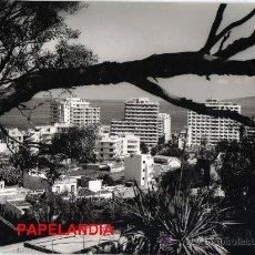 Fotografía antigua: ANTIGUA FOTO PUERTO DE LA CRUZ TENERIFE DONDE SE CELEBRO EL III FESTIVAL DEL ATLANTICO AÑO 1968. Lote 26368215