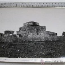 Fotografía antigua: CENTCELLES, TARRAGONA- EDIFICIO DEL MOSAICOROMANO, EDIFICIO DE LA CUPULA CON MOSAICOS - AÑOS 1940-50. Lote 30517058
