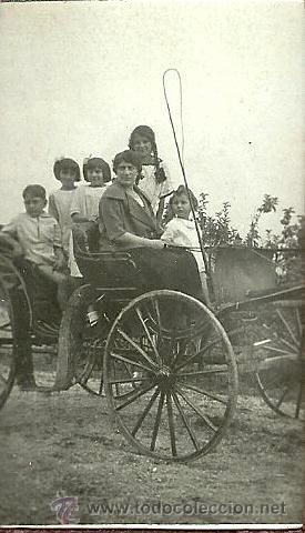 Fotografía antigua: Album retratos de familia ( años 20 ) - Foto 9 - 23583924