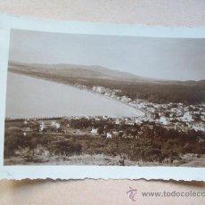 Fotografía antigua: VISTA BALNEARIO PIRIAPOLIS DESDE EL CERRO SAN ANTONIO 1950. Lote 31840059