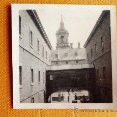 Fotografía antigua: 1928 - SAN LORENZO DEL ESCORIAL. MADRID. FOTOGRAFÍA ORIGINAL.. Lote 31921191