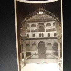 Fotografía antigua: 1927- PATIO DE LOS ARRAYANES. ALHAMBRA DE GRANADA. FOTOGRAFÍA ORIGINAL.. Lote 32018200