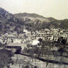 Fotografía antigua: RARA FOTOGRAFIA, PUEBLO DE CHOVAR, CASTELLON, 1928, CASA CUESTA, 23 X 17 CM. Lote 32307108