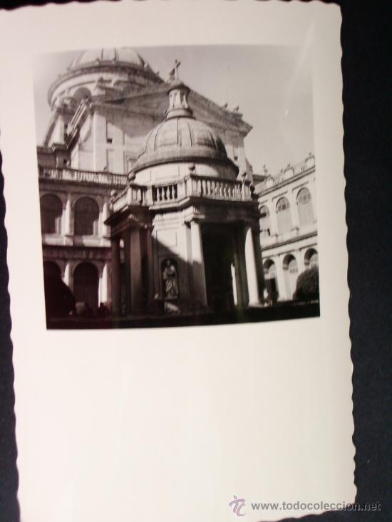 Fotografía antigua: 1955 - LOTE DE 2 FOTOS DEL ESCORIAL. MADRID. FOTOGRAFÍAS PROFESIONALES Y ORIGINALES. PRECIOSAS. - Foto 2 - 32332849