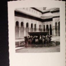 Fotografía antigua: 1955 - LOTE DE 11 FOTOS DE LA ALHAMBRA DE GRANADA. FOTOGRAFÍAS PROFESIONALES Y ORIGINALES. PRECIOSAS. Lote 32333076