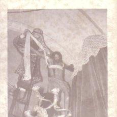 Fotografía antigua: SEMANA SANTA SEVILLA - FOTOGRAFIA 7.5X10.5 CM DEL CRISTO DE LAS CINCO LLAGAS DE LA TRINIDAD. Lote 33916295