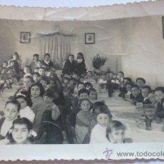Fotografía antigua: FOTOGRAFÍA AÑOS 50, CELEBRACIÓN ESCOLAR. PUERTO REAL.. Lote 37640814