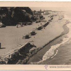 Fotografía antigua: TORREMOLINOS, 1958, PLAYA DE LA ROCA, 105MMX75MM. Lote 37731643