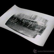 Fotografía antigua: FOTOGRAFÍA ORIGINAL AUTOCAR AUTOBUS, ORIGINAL AÑOS 1950.. Lote 38300099