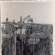 Fotografía antigua: HUELVA,1948, LOTE DE 5 FOTOGRAFIAS, OBRAS TINGLADOS DEL PUERTO DE HUELVA,75X60MM. Lote 38847291