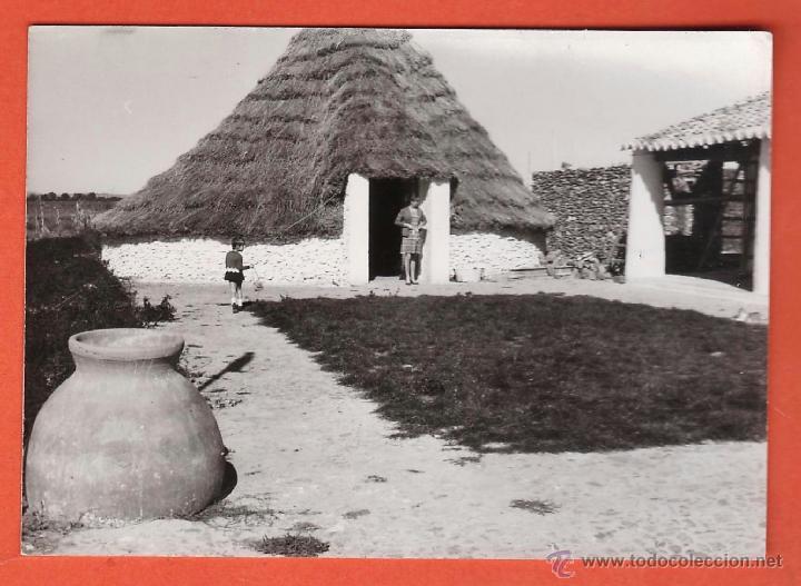 FOTOGRAFIA ++ ¿ LA RECONOCE ? ++ POBLADO - CASA CAMPO RURAL - SIN + DATOS - AÑOS 1967 - RD27 (Fotografía Antigua - Fotomecánica)