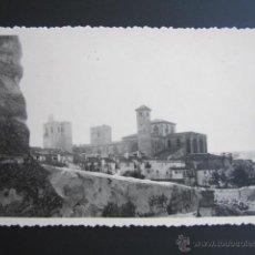 Fotografía antigua: FOTOGRAFÍA GUADALAJARA. SIGÜENZA DESDE EL CAMINO DEL PINAR PEQUEÑO. AÑO 1959. . Lote 43509131