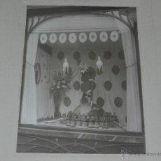 Fotografía antigua: FOTOGRAFIA PLUMAS WATERMAN - FOTOGRAFIA DE UN AUTOMATA , ESCAPARATE DE UNA TIENDA, BARCELONA. Lote 44189270