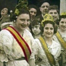 Fotografía antigua: HERMOSA FOTOGRAFIA ANTIGUA, COLOREADA, ESTUDIO ROOEL, FALLAS, 1950S, LA ALEGRIA DE LAS FALLAS.... Lote 44493577