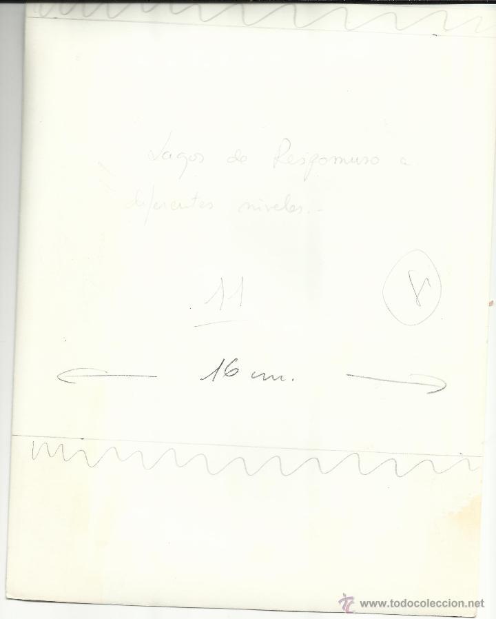 Fotografía antigua: FOTOGRAFIA. LAGOS DE RESPOMUSO. A DIFERENTES NIVELES. SALLENT DE GALLEGO. HUESCA. (22cm x 17cm). - Foto 2 - 46563539