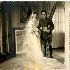 Fotografía antigua: MADRID FOTO BODA PAREJA AÑO 1955 FOTOGRAF E . RODRIGUEZ . Lote 47158587