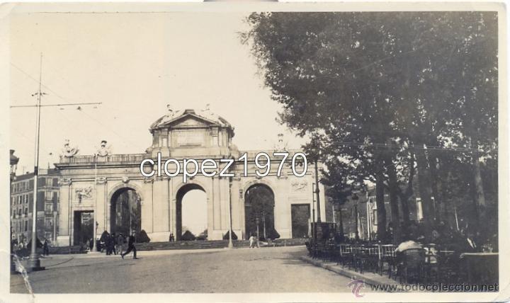 MADRID, PRINCIPIOS SIGLO XX, PUERTA DE ALCALA, ANIMADA, 142X86MM (Fotografía Antigua - Fotomecánica)