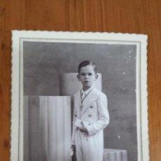 Fotografía antigua: ANTIGUA FOTOGRAFIA PRIMERA COMUNION ESCRITA 1940. Lote 48613524