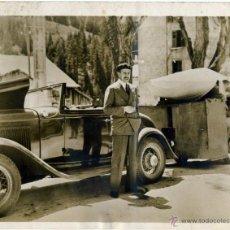 Fotografía antigua: ALFONSO XIII DE VIAJE EN FRANCIA (LANDSBOURG) 15-9-1938 - GRAN FORMATO 18 POR 23,5 CMS.. Lote 50465337
