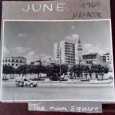 Fotografía antigua: 1969 - FOTO ORIGINAL- PLAZA SA PLAÇA DES MERCAT - MANACOR - MALLORCA - ISLAS BALEARES. Lote 50763743