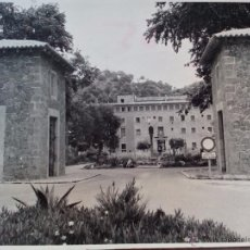 Fotografía antigua: 1969 -FOTO ORIGINAL -ENTRADA SANTUARIO LLUCH - MONASTERIO LLUCH - ESCORCA- MALLORCA - ISLAS BALEARES. Lote 49619486