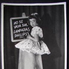 Fotografía antigua: FOTOGRAFIA PUBLICITARIA PARA ANUNCIO DE PHILIPS . ORIGINAL . AÑOS 60 .. Lote 51205561