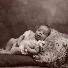 Fotografía antigua: SEVILLA, FOTO ARENAS, TARJETA POSTAL NIÑO, 138X85 MM. Lote 51702973