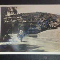 Fotografía antigua: FOTOGRAFÍA ANTIGUA. HOMBRE EN BURRO. CUEVAS. TELDE. GRAN CANARIA (9 X 7 CM). Lote 51707327