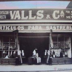 Fotografía antigua: (FOT-1168)FOTOGRAFIA IMPORTACION DIRECTA VALLS & Cª.SASTRERIA. Lote 52674770