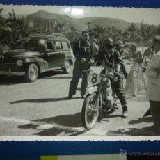 Fotografía antigua: ANTIGUA FOTO CARRERA MOTOS MALAGA. Lote 52995397