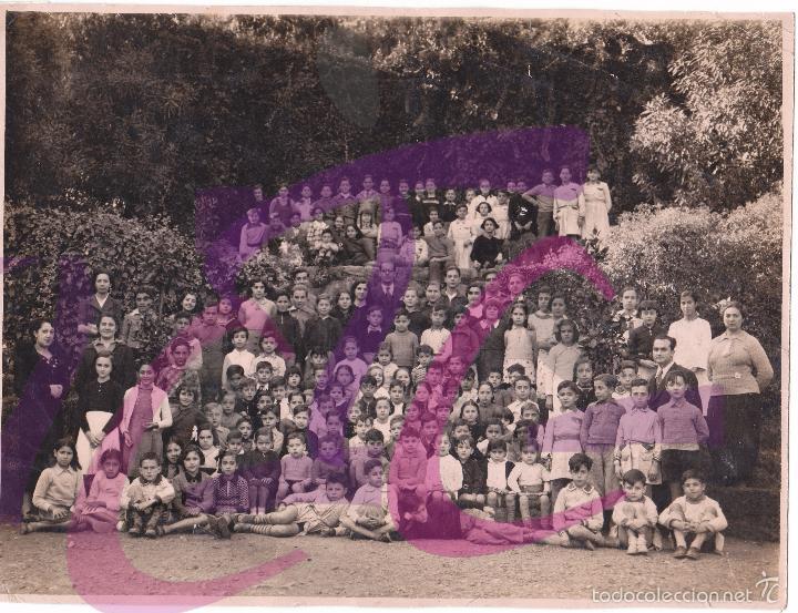 Fotografía antigua: FOTOGRAFIA GRUPO COLEGIO INSTITUCIO ESCOLAR SIBIUDA BARCELONA 12 NOVIEMBRE DE 1936 - Foto 2 - 145139237